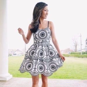 EXPRESS Tiered Eyelet Cami Dress Size 6 RUNS SMALL